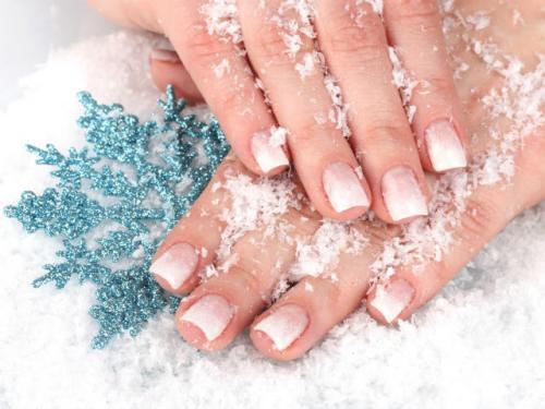 Как ухаживать за ногтями на руках. Основной уход за кожей рук в домашних условиях