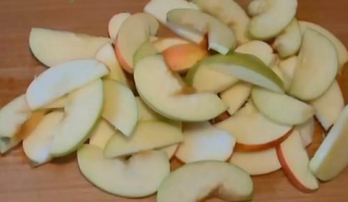 Пирог с творогом и жареными яблоками. Пирог с творогом, с яблоками (9 рецептов творожно-яблочного пирога)