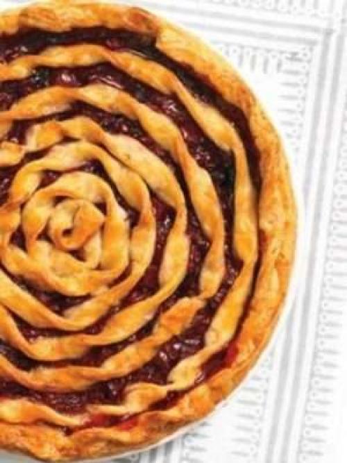 Пирог с вишней на кефире Улитка. Вишневый пирог «Улитка»