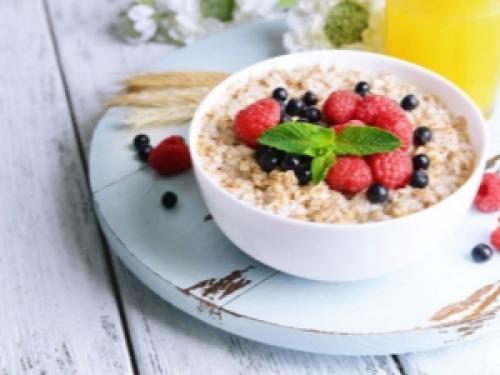Овсянка с бананом на завтрак польза и вред. Овсяная каша на завтрак: польза и вред, правила употребления и рецепты