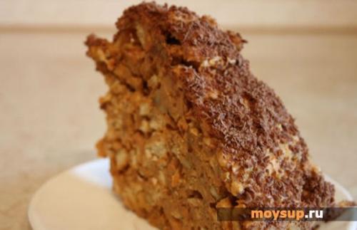 Торт без выпечки со сгущенкой. Быстрый десерт: рецепты вкусных тортиков из печенья и сгущенки без выпечки