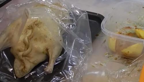 Как правильно запекать утку в духовке в рукаве. Утка в духовке, запеченная в рукаве с картошкой