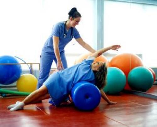 Реабилитация после травмы плеча. Лечебныеупражнения