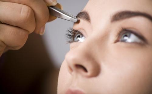 Урок по макияжу бровей. Мастер-класс по нанесению мейк-апа на брови