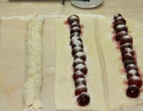 Пирог улитка с вишней на кефире рецепт. Отличный рецепт пирога улитки с вишней