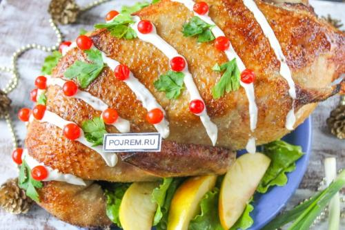 Рецепт: утка с яблоками и апельсинами в духовке