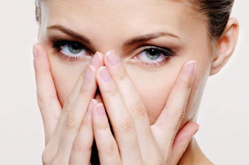 Как восстановить глаза после слез. Восстанавливаем глаза после слез: 4 проверенных метода