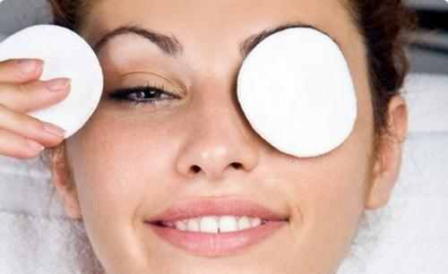 Как убрать темные круги вокруг глаз в домашних условиях быстро. Как от них избавиться?
