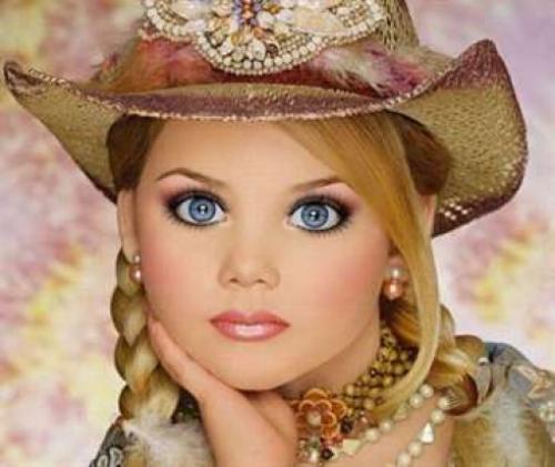 Как сделать кукле макияж. Макияж «Кукольные глаза» своими руками — секреты стильного мейк-апа