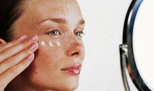 Как сделать кожу белой мужчине. Делаем кожу лица бледной в домашних условиях