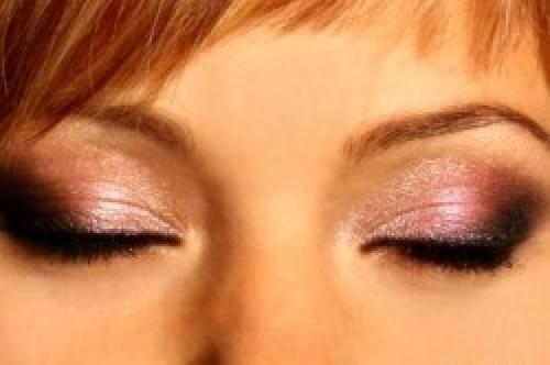 Медный макияж для волос. Дневной макияж: линия для рыжих волос