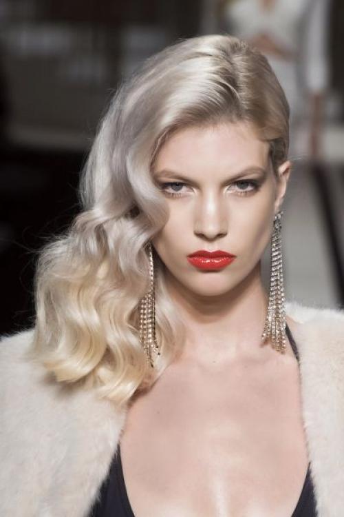 Макияж для платиновых блондинок. Какой макияж делать платиновым блондинкам?