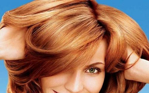 Как быстрее смыть краску с волос. Как смыть рыжую или красную краску с волос?