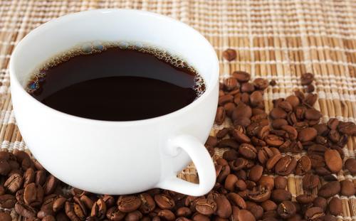 Кофе вымывает кальций исследования. Кофе вымывает кальций из организма: это правда?