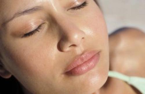 Крем для лица для жирной кожи. Как выбрать хороший крем?