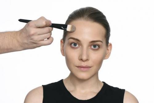 Макияж для пепельных блондинок. Общие правила макияжа для обладательниц пепельных волос