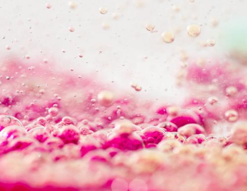 Как сделать розовую воду. Розовая вода: как сделать ее дома и для чего она нужна. Разное