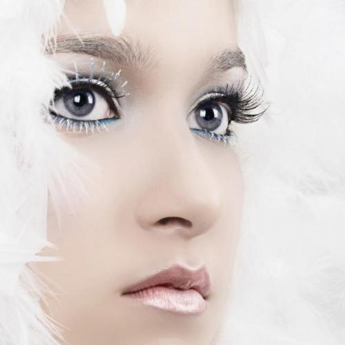 Белая тушь для ресниц. Макияж с белыми ресницами