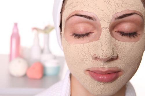 Уход за сухой кожей лица в домашних условиях. Домашние средства для ухода за сухой кожей лица