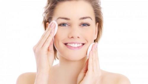 Уход за молодой кожей лица. Как правильно ухаживать за молодой кожей лица. Советы по уходу