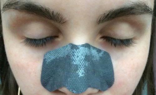 Полоски на нос от черных точек, как пользоваться. Полоски для очищения пор носа от черных точек —, как пользоваться и какой эффект получим?