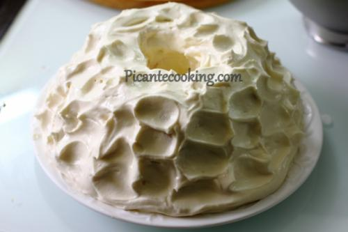 Торт Ангельский бисквит с клубникой. Ангельский торт с лимонным кремом и клубникой