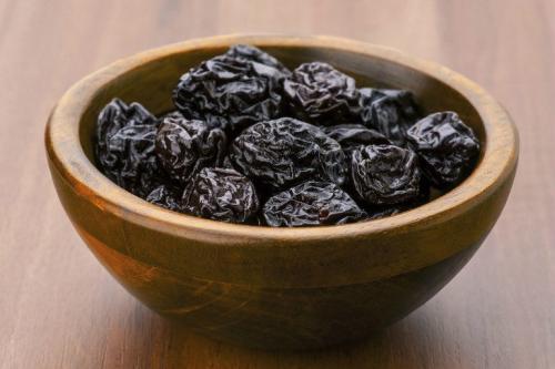 Смесь здоровье курага. Витаминная смесь: грецкие орехи, мед, сухофрукты и лимон