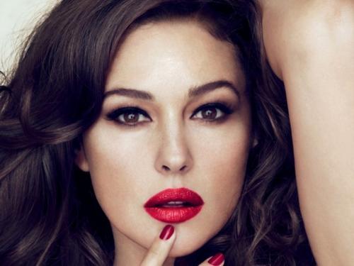 Как сделать кожу лица идеальной с помощью макияжа. Как добиться идеального цвета лица: 10 хитростей правильного макияжа