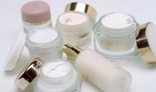 Лучший крем для лица для жирной кожи. Какими свойства обязательно должны быть у крема для проблемной кожи лица?