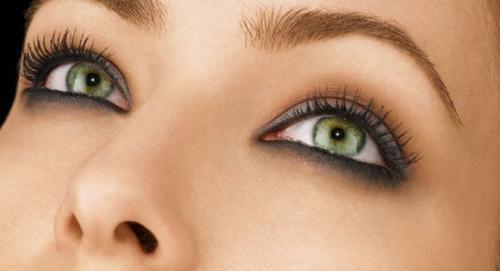 Макияж для темных волос и зеленых глаз. Макияж для зеленоглазых блондинок