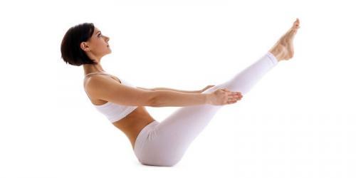 4 упражнения йоги для похудения в домашних условиях