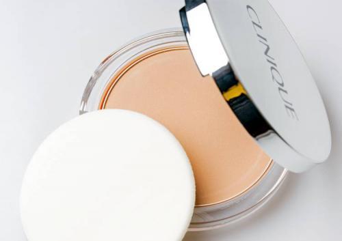 Пудра для лица компактная. Компактная пудра Almost Powder Makeup SPF 15, Clinique