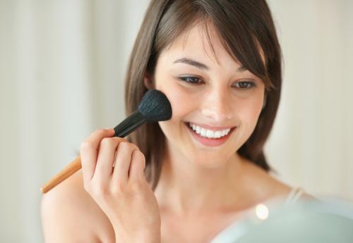 Постановка руки в макияже. Этапы нанесения