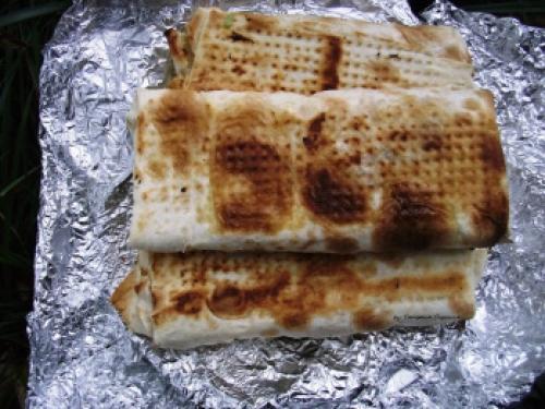 Лаваш на мангале закуска для пикника. Лаваш на мангале — закуска для пикника