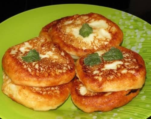 Рецепт сырников из творога. Рецепт вкусных сырников из творога с манкой