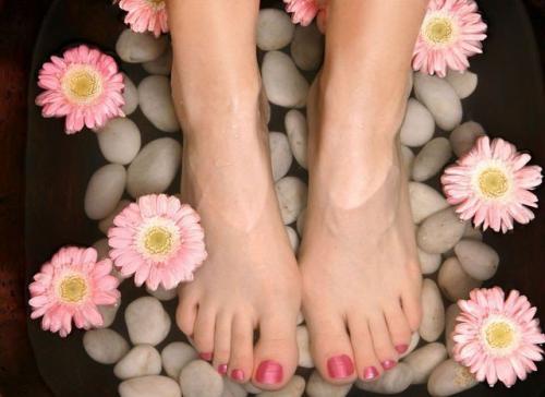 Шелушение кожи на ногах. Основные внешние причины