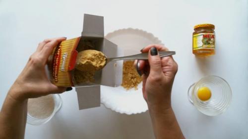 Маска для волос с горчицей и репейным маслом дома