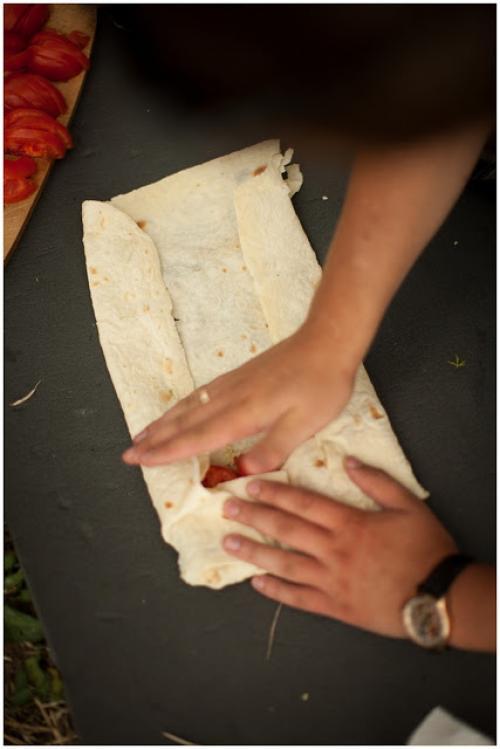 Лаваш на мангале с сыром сулугуни. Сулугуни в лаваше