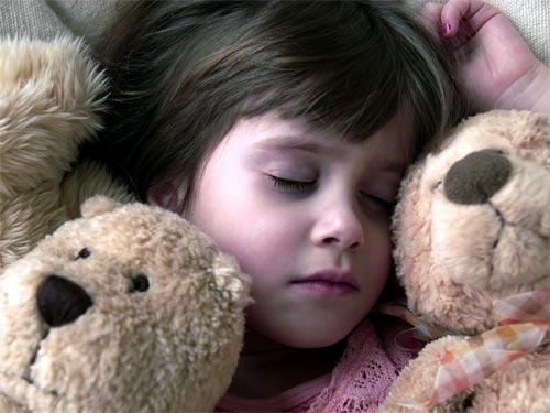 Спать на животе психология. Как определить характер человека по позе во время сна