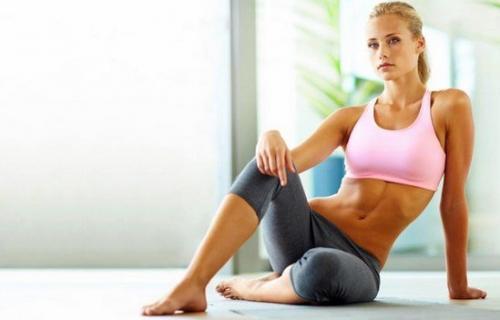 Планка упражнение для похудения. Как правильно делать планку для похудения в домашних условиях? Раскрываем секреты...