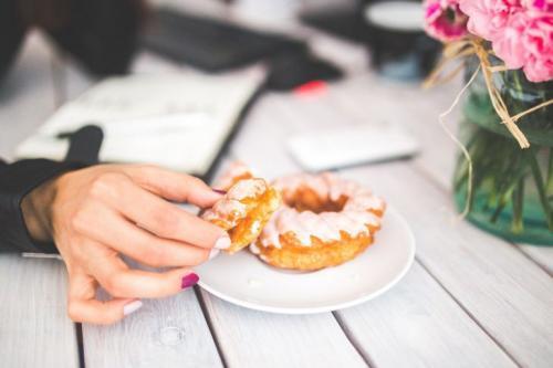 Что делать если постоянно хочется есть. 8 причин, по которым вам все время хочется есть