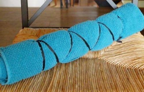 Упражнения для похудения с валиком из полотенца. Техника выполнения