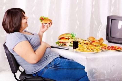 Не уходит жир с живота. Причин.  Питание