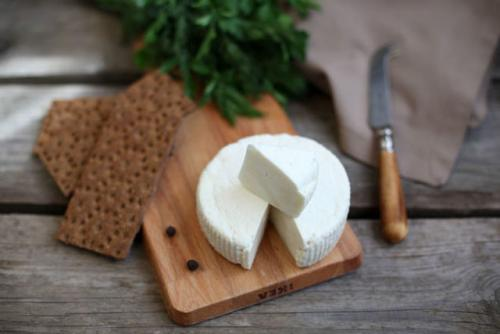 Козий сыр при диете. Какой сыр можно есть при похудении?