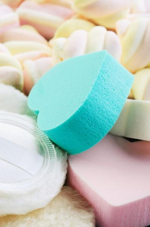 Спонж для тонального крема. Как выбрать спонж для тонального крема?