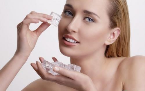 Как питать и увлажнять кожу лица. Как увлажнить кожу лица?