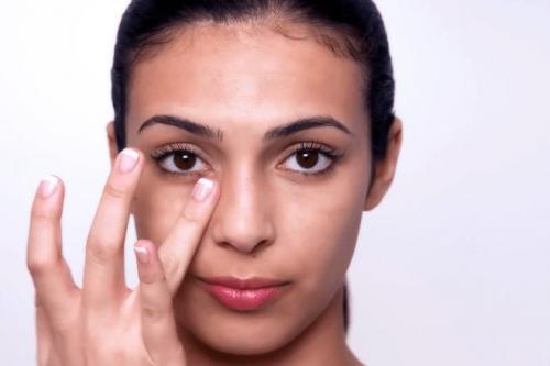 Как убрать мешки под глазами в 55 лет. Как убрать мешки под глазами у женщин