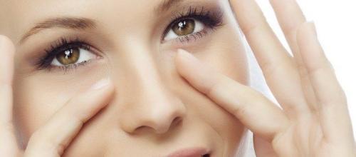 Как избавиться от отеков под глазами в домашних условиях быстро. Советы косметолога: как убрать отеки под глазами в домашних условиях быстро