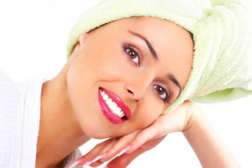 Маска для волос сеченых. Маски для секущихся волос в домашних условиях: рецепты