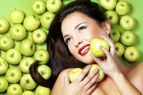 Разгрузочный день на яблоках и воде. Вот такие чрезвычайно полезные фрукты